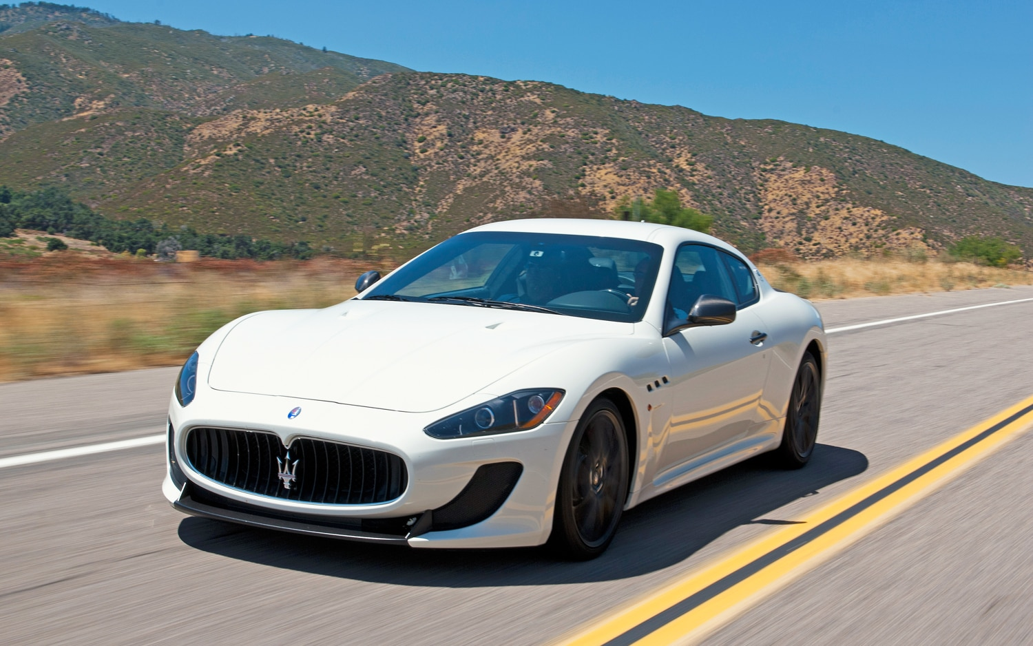 2012 Maserati GranTurismo MC Front Left Side View