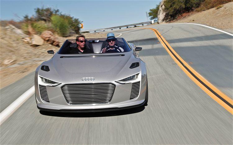 Audi E Tron Spyder Concept Front View1