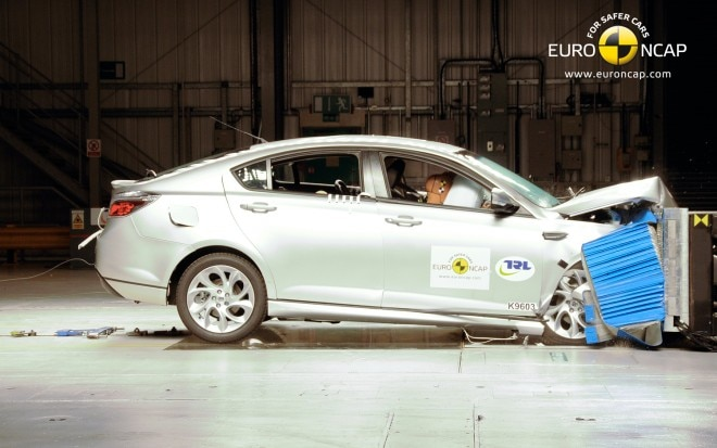 2011 MG6 Frontal Crash Test1 660x413