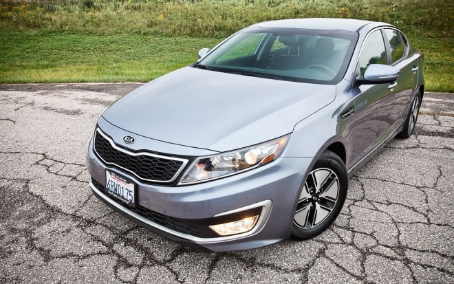 2011 Kia Optima Hybrid Front Left Side View1 660x413