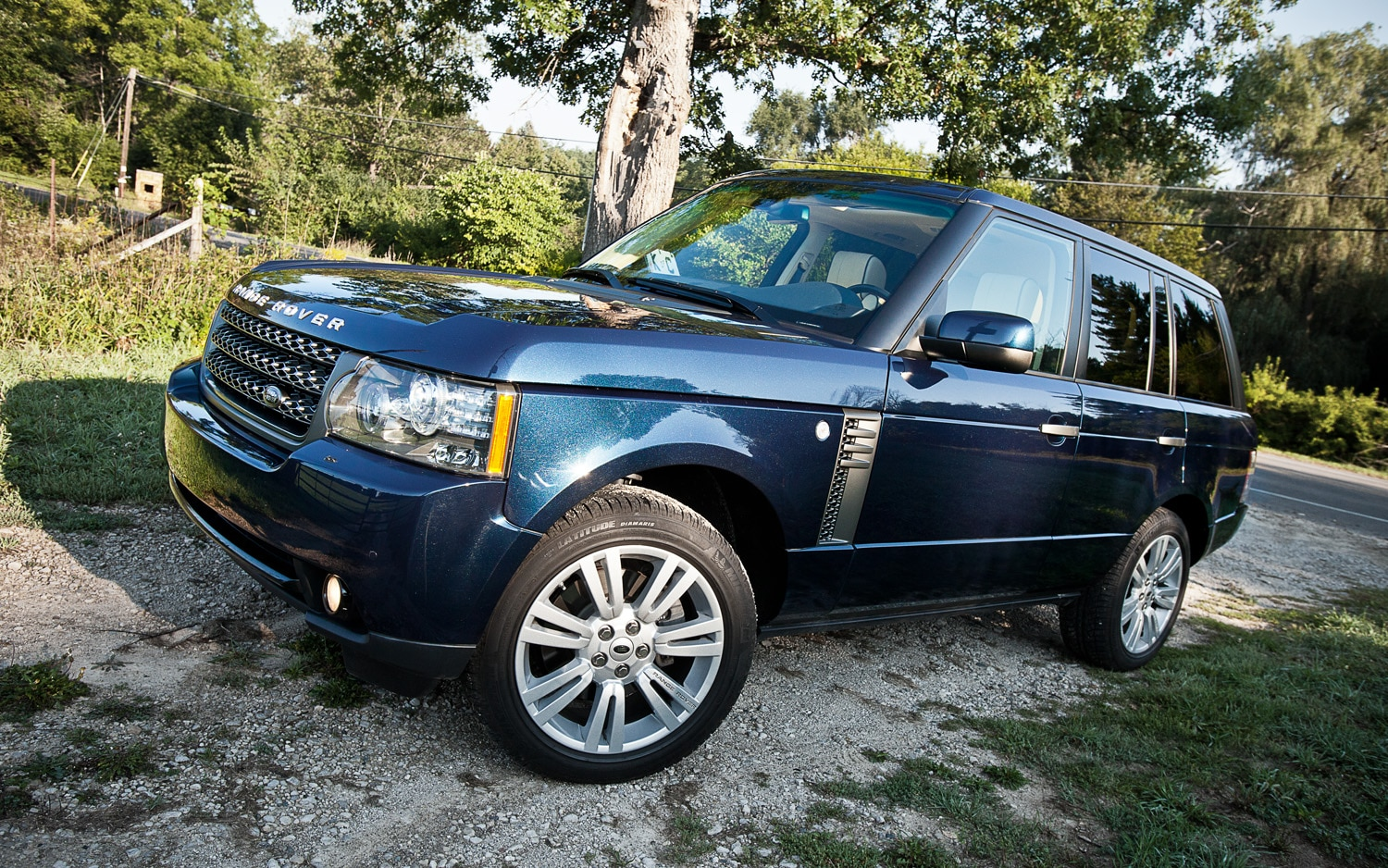 2011 Land Rover Range Rover HSE Front Left Side View1