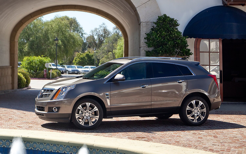 2012 Cadillac SRX Profile1