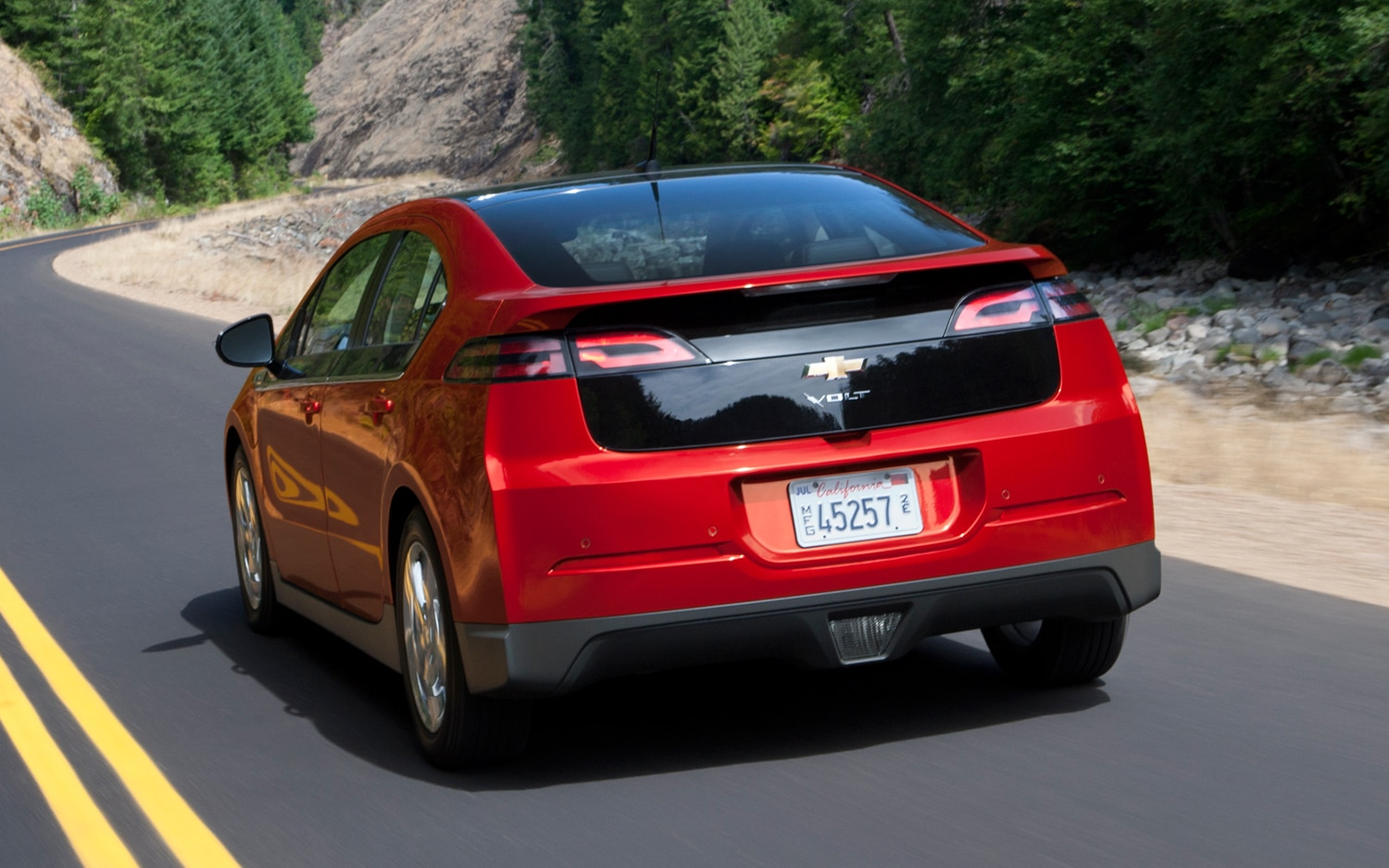 2012 Chevrolet Volt Rear Three Quarter111