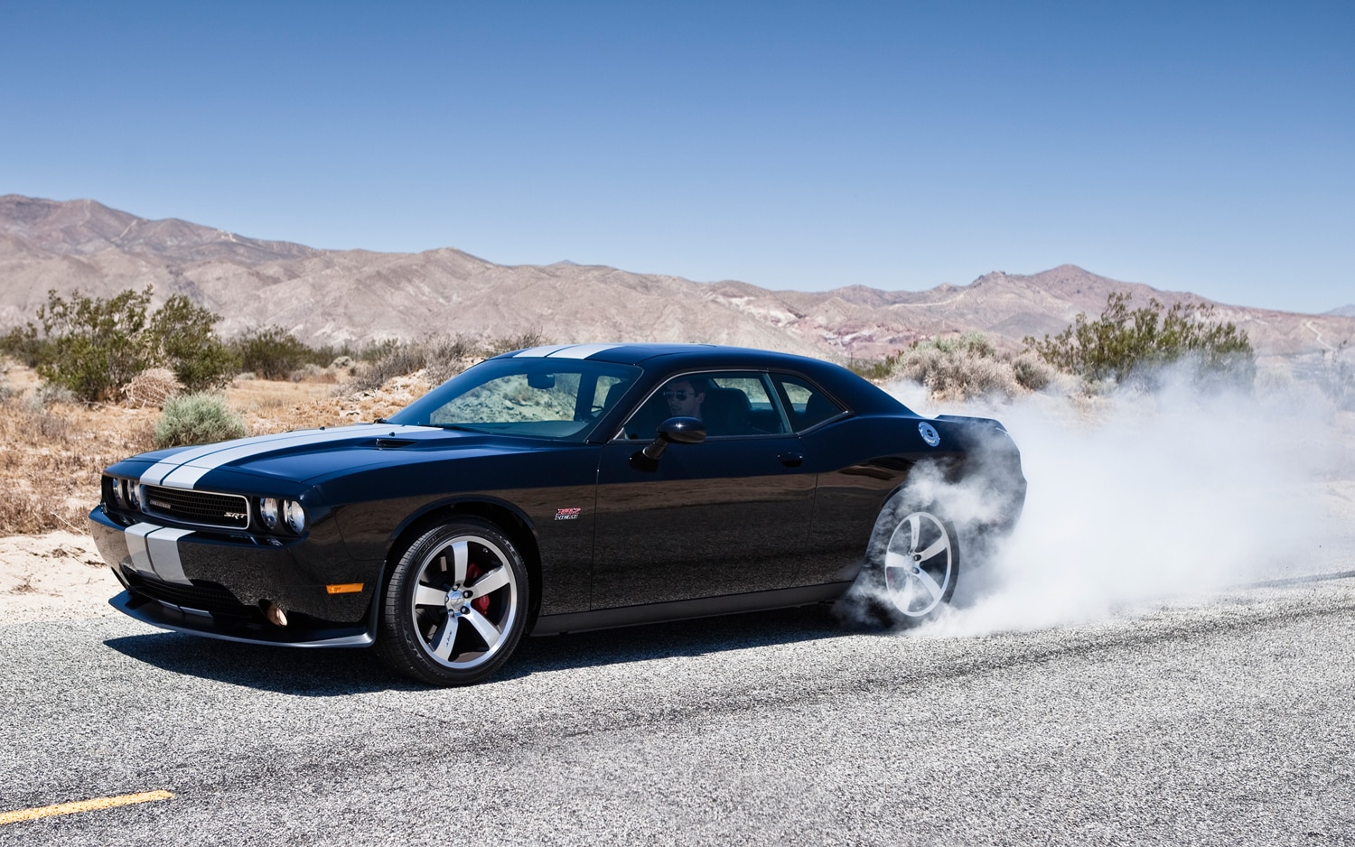 first look 2012 dodge challenger srt8 charger srt8. Black Bedroom Furniture Sets. Home Design Ideas