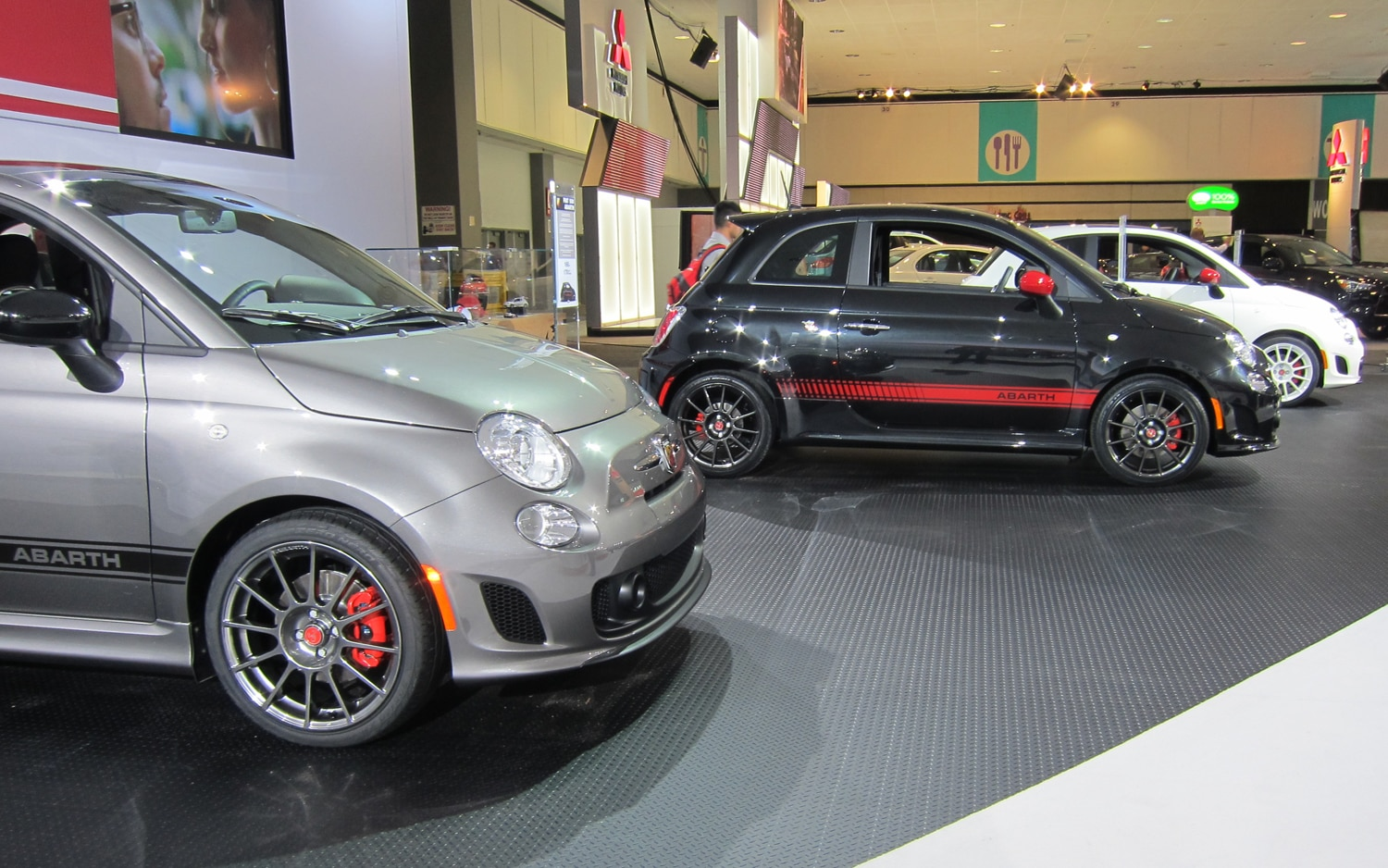 los angeles 2011 six things we learned about the fiat 500 abarth. Black Bedroom Furniture Sets. Home Design Ideas