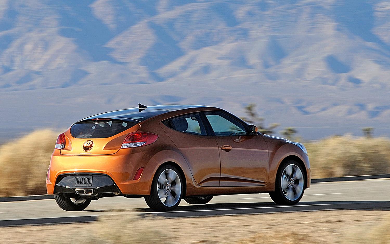 2012 Hyundai Veloster Photo Gallery - Motor Trend  |2012 Hyundai Veloster