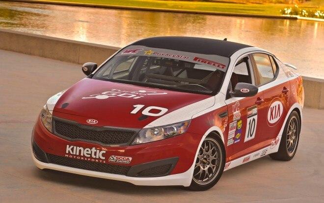2012 Kia Kinetic Motorsports Optima SX Front Three Quarter 51 660x413
