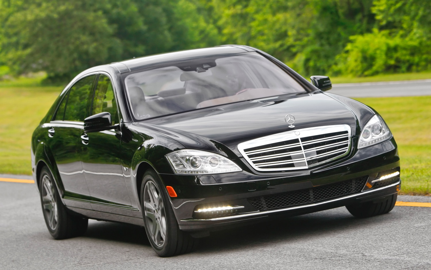 Mercedes benz plans to scrap maybach luxury brand by 2013 for Mercedes benz brand