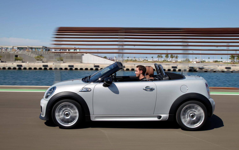 2012 Mini Roadster Side In Motion1