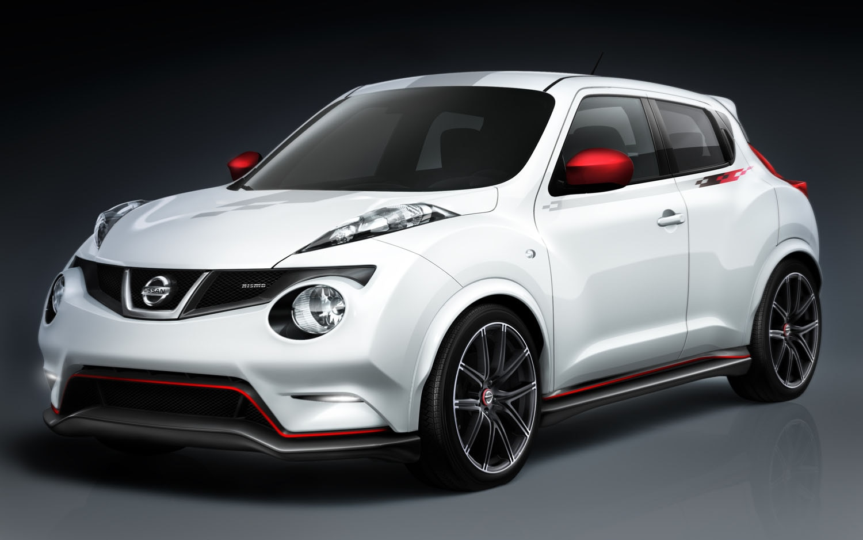 2012 Nissan Juke Nismo Front Three Quarter1