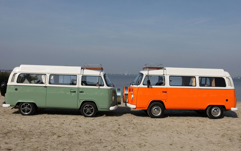 2012 Volkswagen Camper Vans Side View1