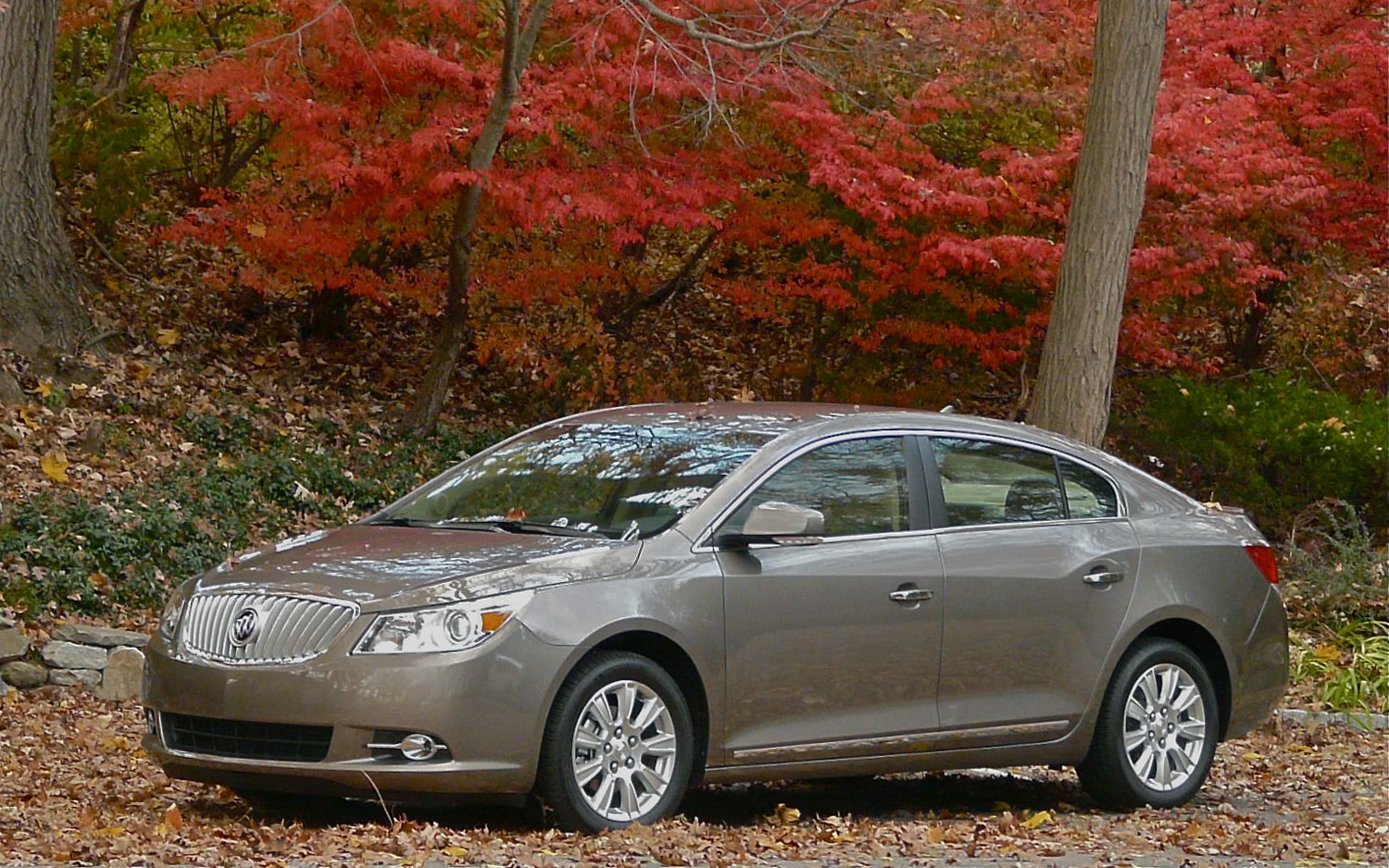 2012 Buick LaCrosse EAssist Front Left Side View2