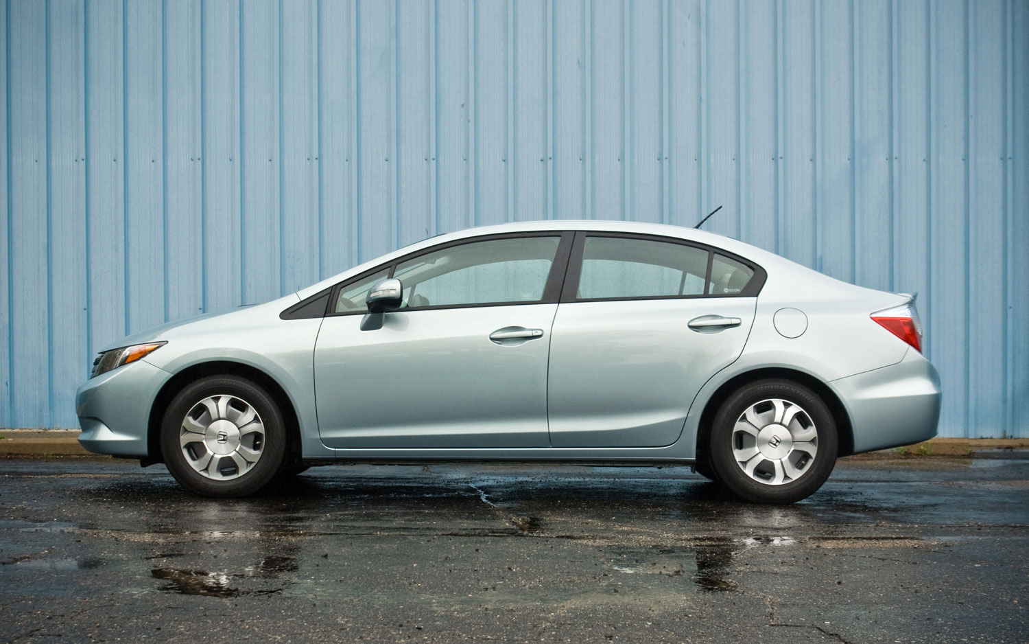 2012 Honda Civic Hybrid Left Side View Parked1