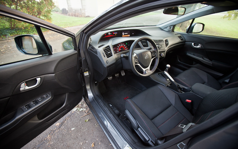 2012 honda civic si sedan hpt editors 39 notebook for 2012 honda civic interior