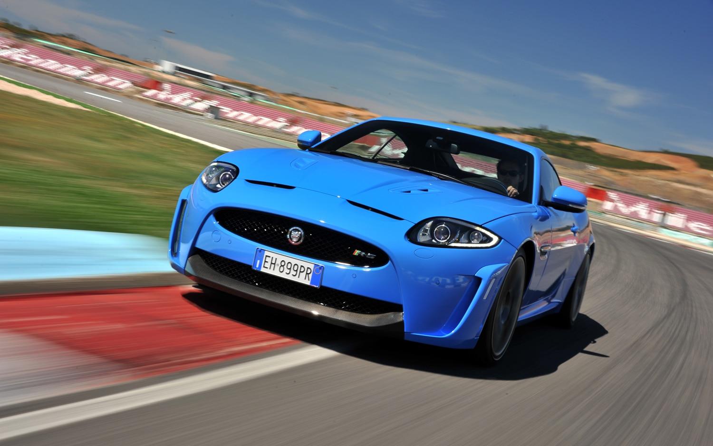 2012 Jaguar XKR S Front Three Quarters 4