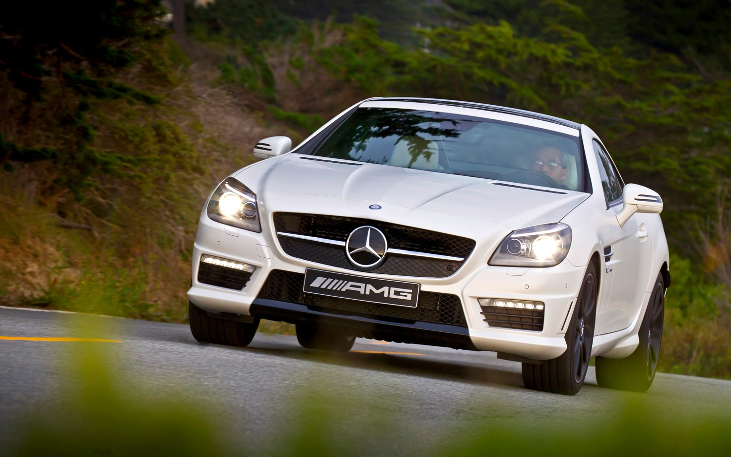 first drive 2012 mercedes benz slk55 amg automobile magazine. Black Bedroom Furniture Sets. Home Design Ideas
