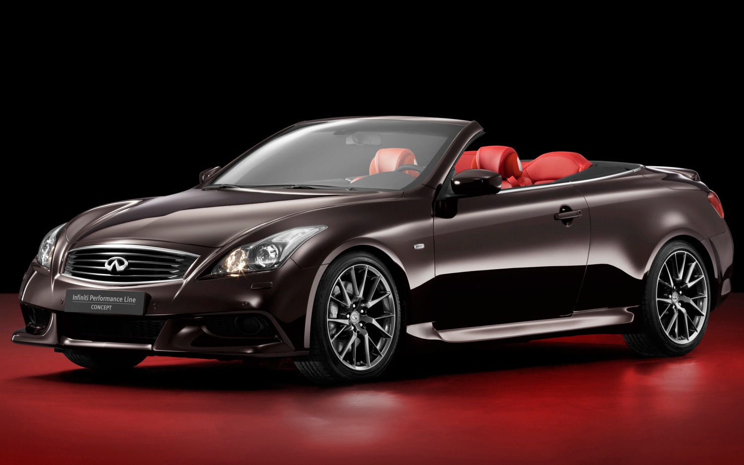 2013 Infiniti G37 IPL Convertible Concept Front Three Quarters View1