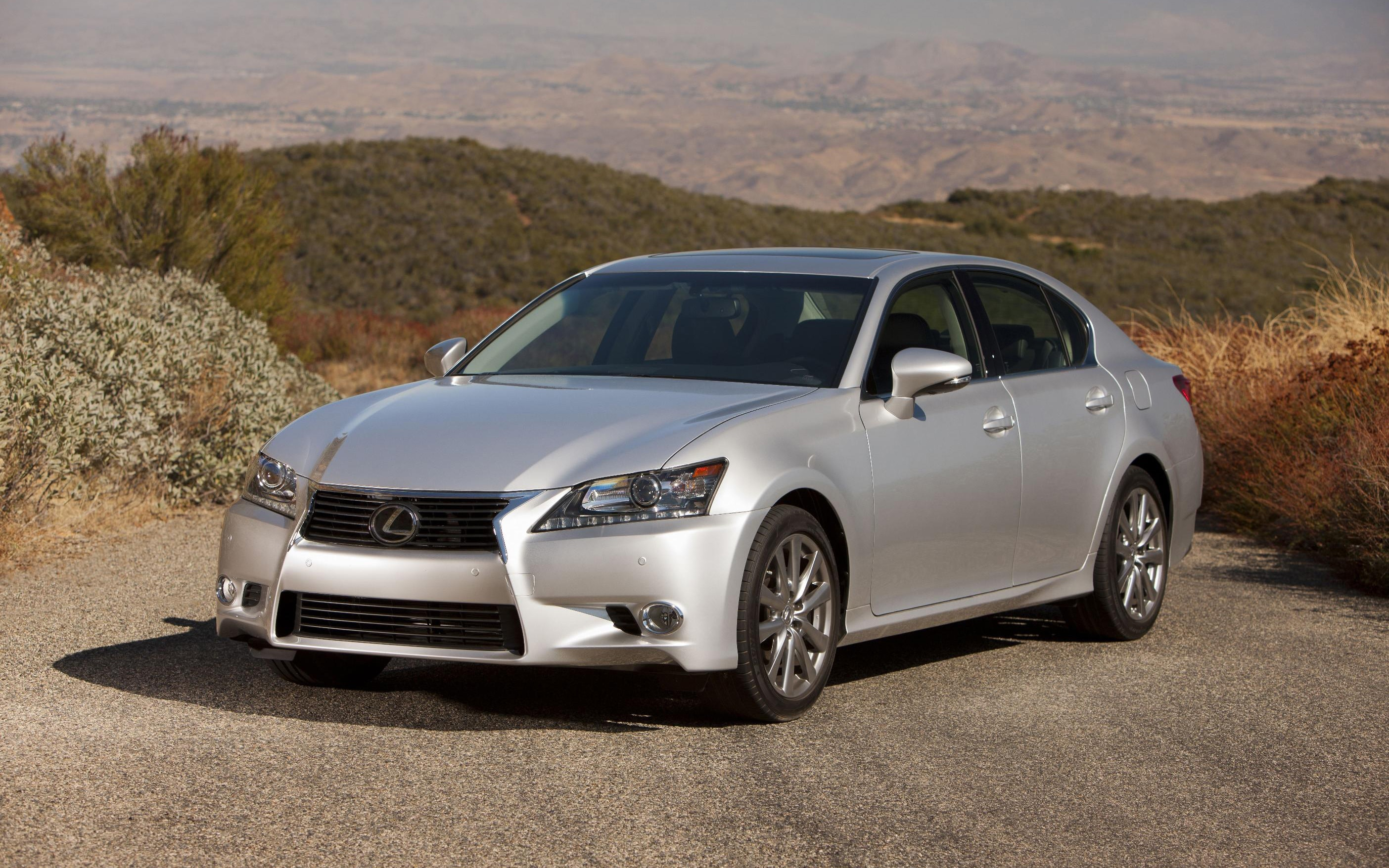 http://st.automobilemag.com/uploads/sites/11/2011/11/2013-Lexus-GS-250-front-three-quarter-stationary.jpg