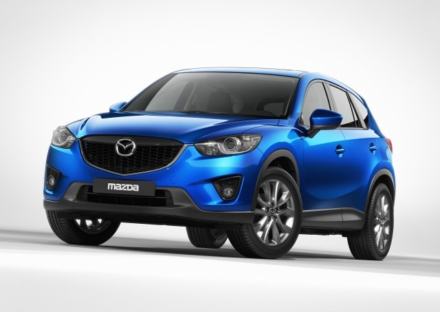2013 Mazda CX 5 Front Three Quarter1 640x453
