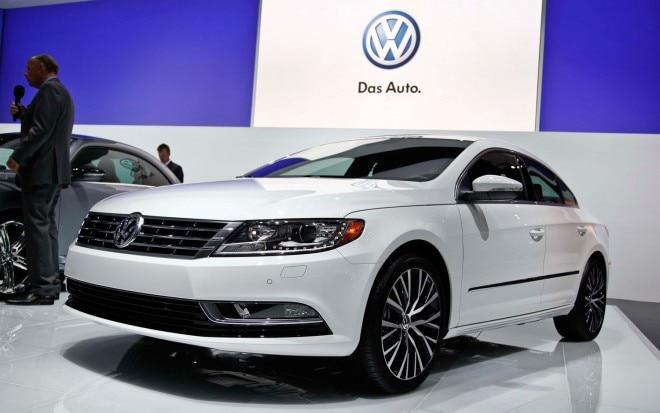 2013 Volkswagen CC Front Three Quarters1 660x413