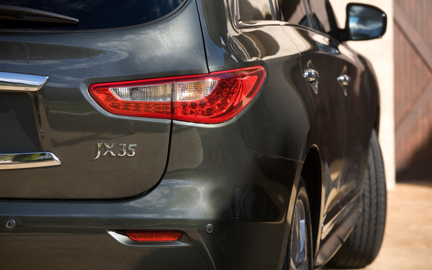 First look 2013 infiniti jx35 automobile magazine the exterior design of the jx vanachro Image collections