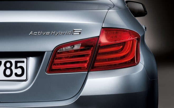 BMW ActiveHybrid 5 Taillight And Badge 660x413
