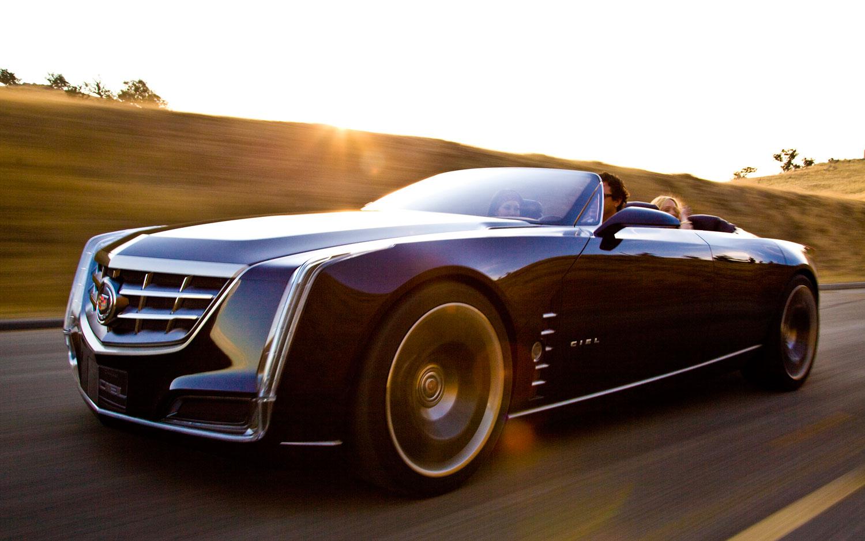 Cadillac Ciel Concept Left Front Driving1