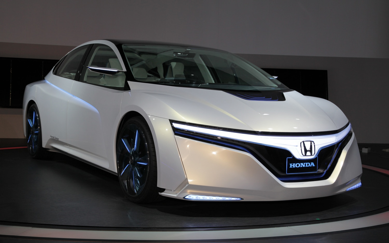 Honda Advanced Cruiser EXperience Front Three Quarters