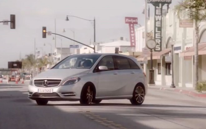 Mercedes Benz B Class Ad Right Thee Quarter View1 660x413