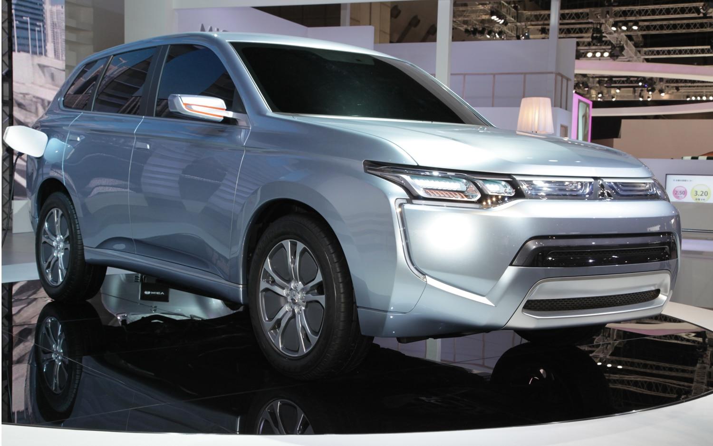 Mitsubishi Concept PX MiEV II Front Three Quarters