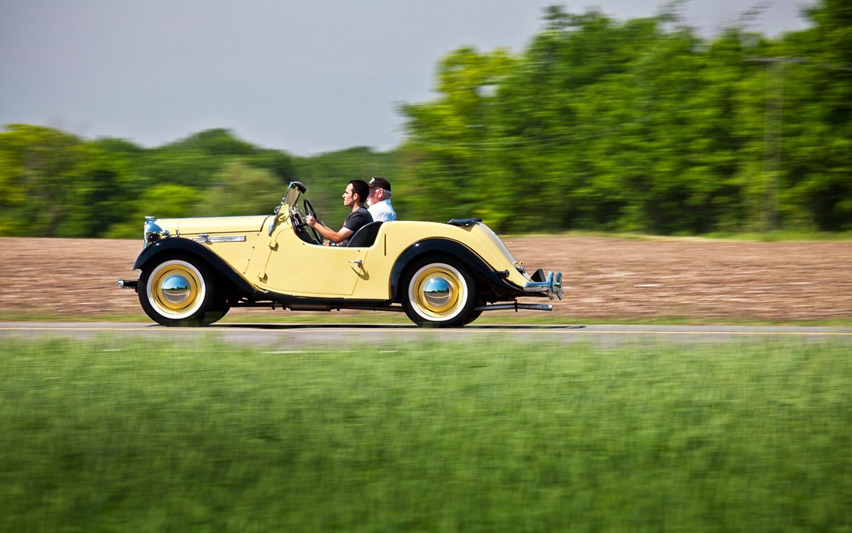 1939 1956 Singer Roadster Left Side View1