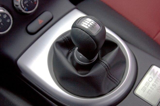 2007 Nismo 350Z Manual Shifter1 660x440