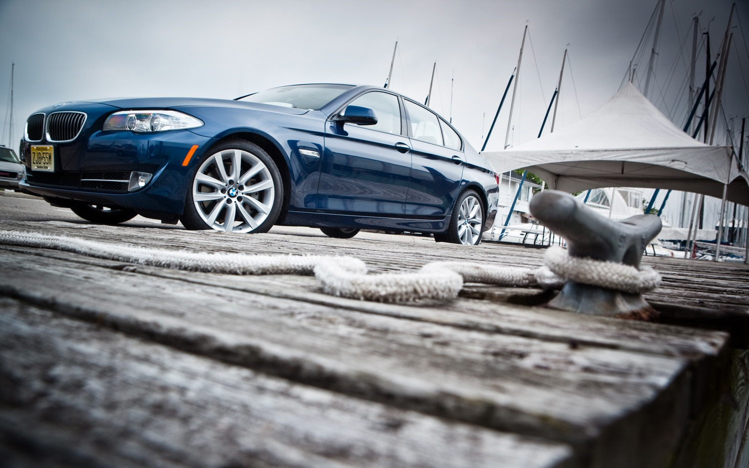 2011 BMW 535i Front Left Side View