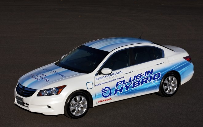 2011 Honda Accord Sedan PHEV Front Three Quarter