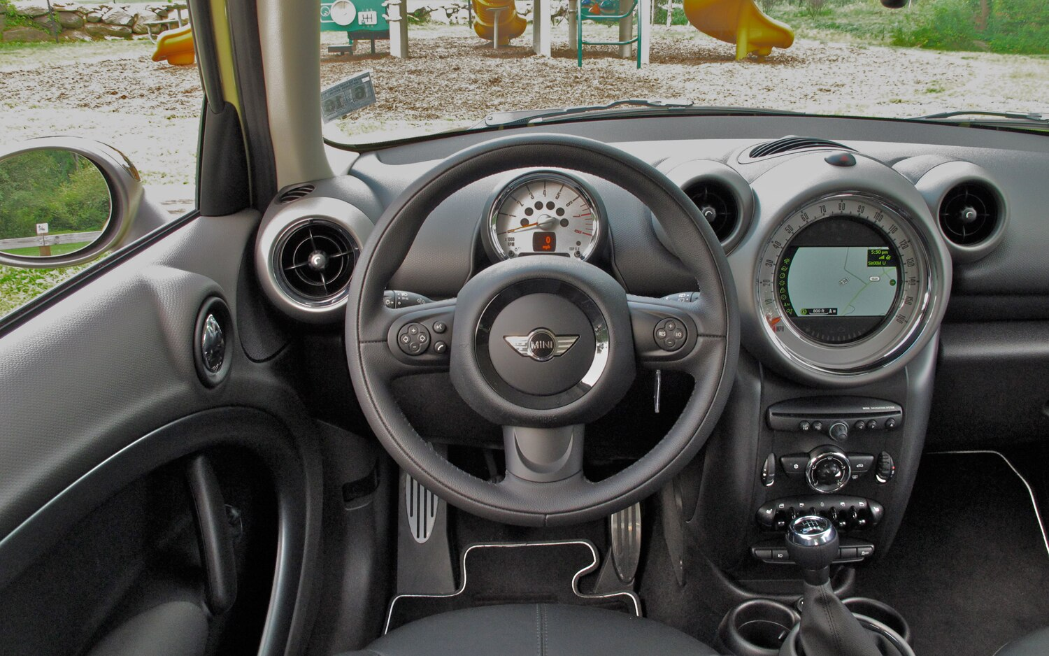 2011 mini cooper s countryman all4 four seasons update december 2011 automobile magazine - Countryman interior ...