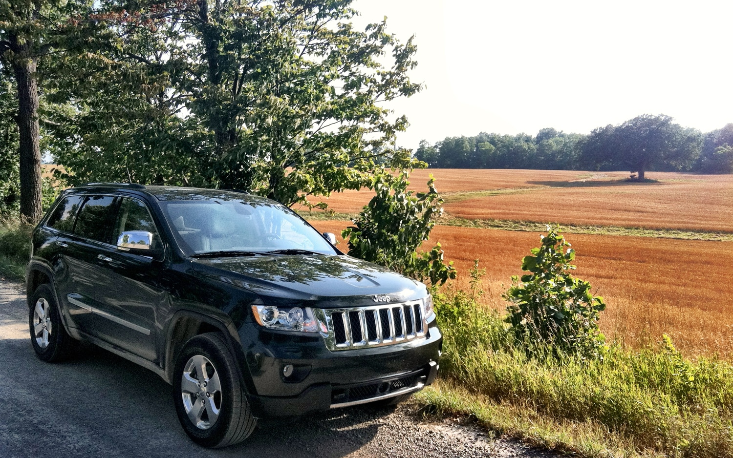 2011 jeep grand cherokee overland 4x4 four seasons update november 2011 automobile magazine. Black Bedroom Furniture Sets. Home Design Ideas
