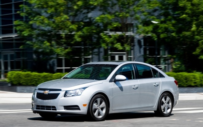 2012 Chevrolet Cruze Front Three Quarter1 660x413