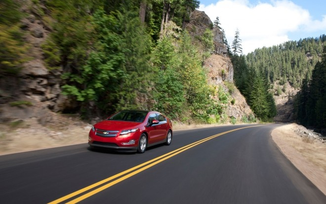 2012 Chevrolet Volt Down Highway1 660x413