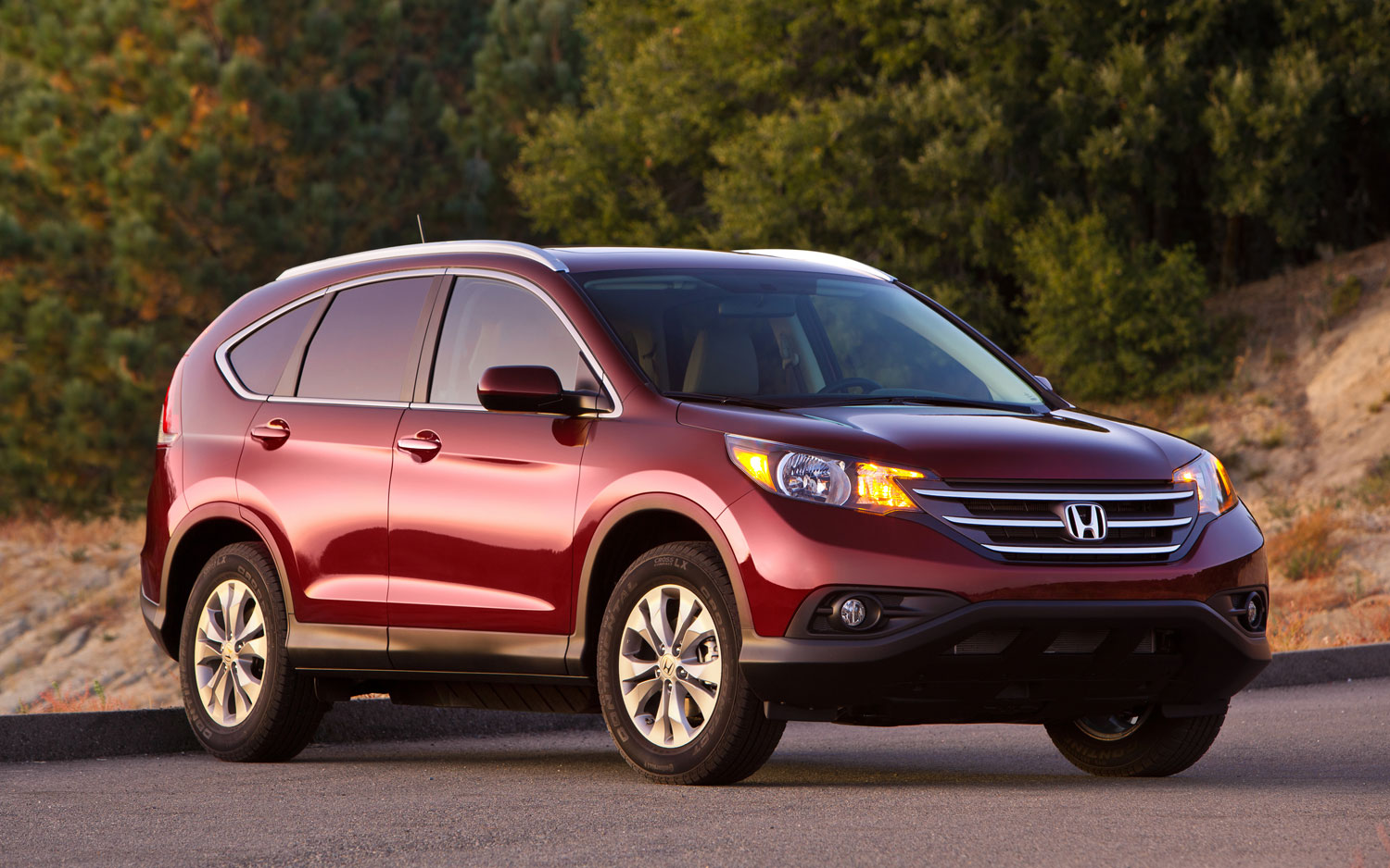 2012 Honda CR V Right Three Quarter Shot1