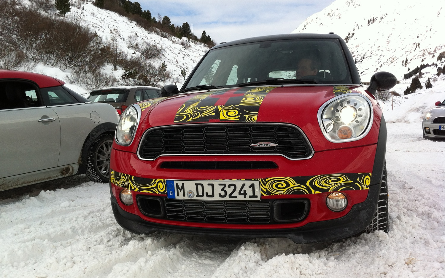 2012 Mini Countryman John Cooper Works All4 Front View1