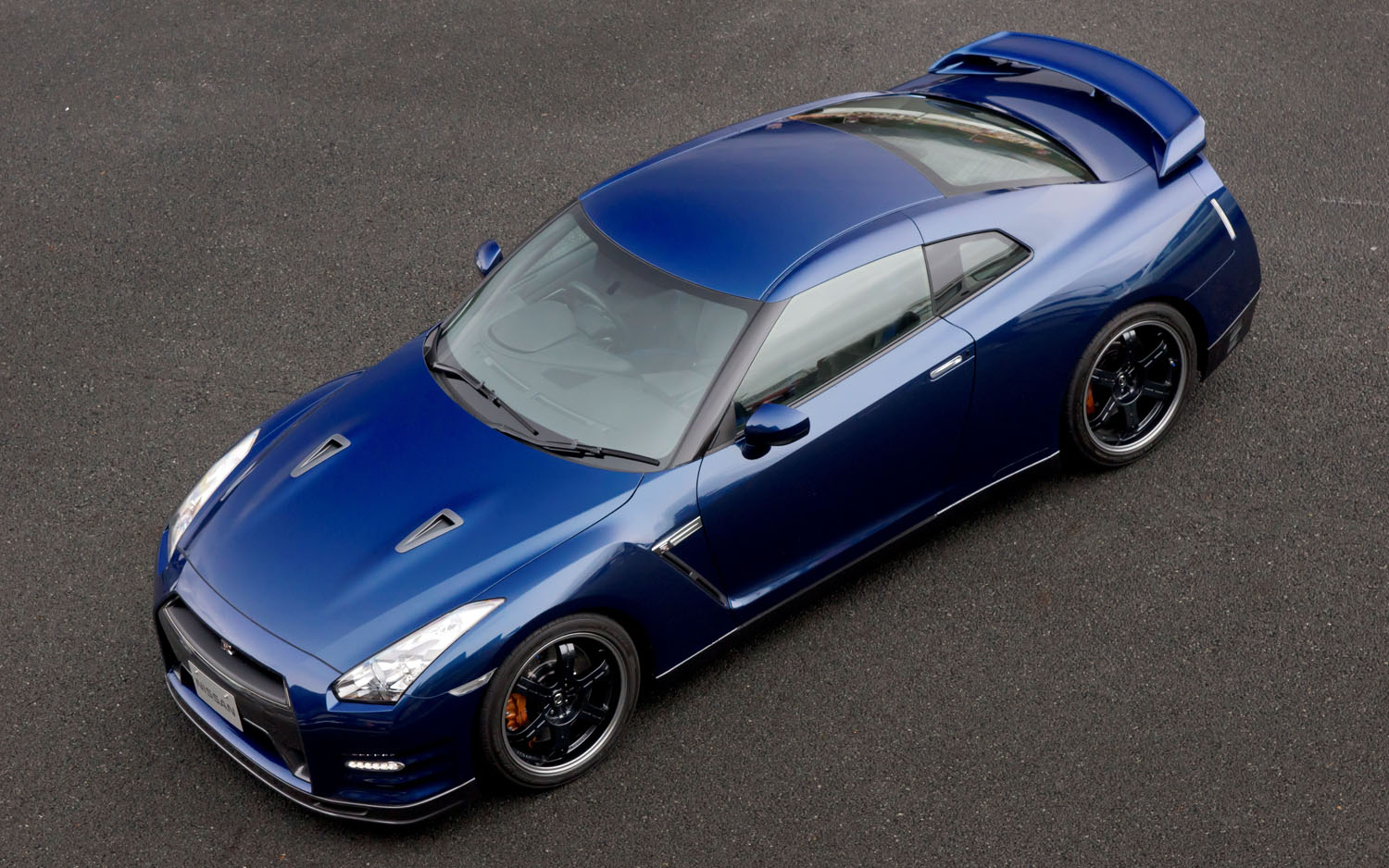 2012 Nissan GT R Track Pack Aerial Front Three Quarter1