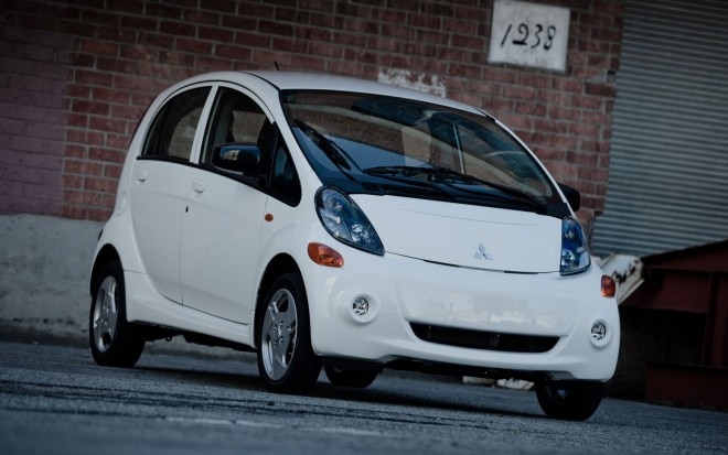 2012 Mitsubishi I Electric Car North America Version1 660x413
