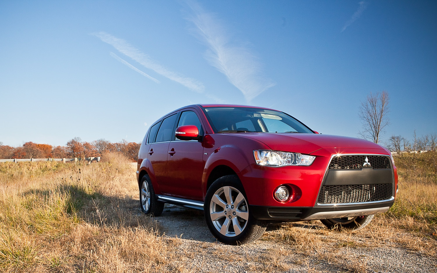 2012 mitsubishi outlander 3 0 gt s awc editors 39 notebook. Black Bedroom Furniture Sets. Home Design Ideas