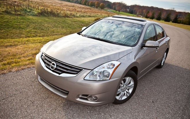 2012 Nissan Altima 2 5 S Front Left View1 660x413