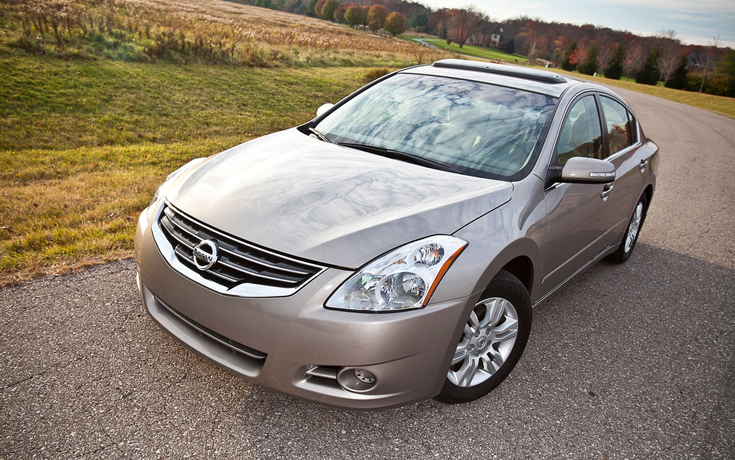 2012 Nissan Altima 2 5 S Front Left View1