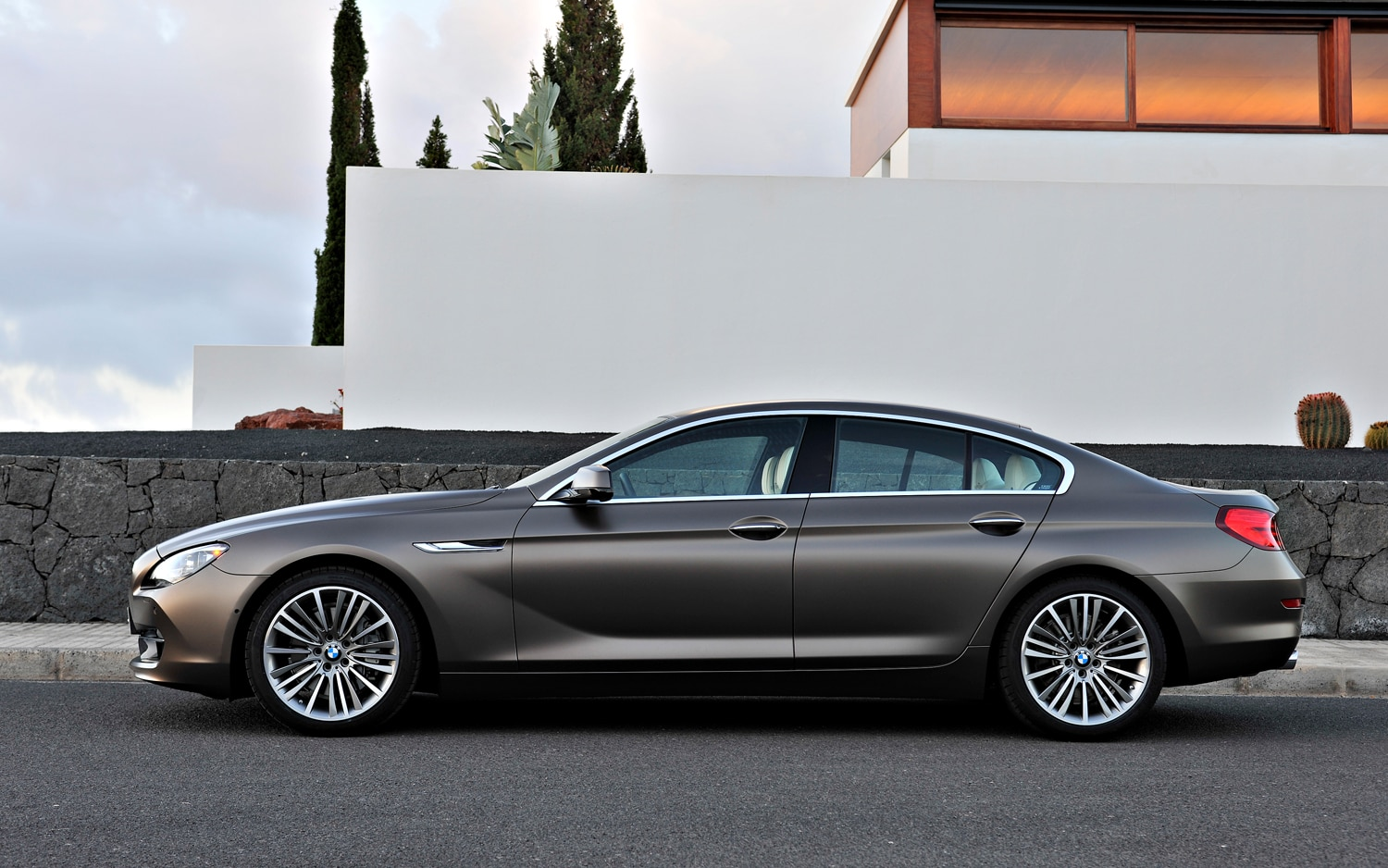 Which looks better bmw 6 series gran coupe audi a7 or for Mercedes benz cls series
