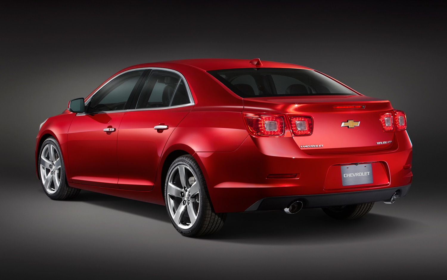 official 2013 chevrolet malibu will offer 2 0 liter turbo. Black Bedroom Furniture Sets. Home Design Ideas