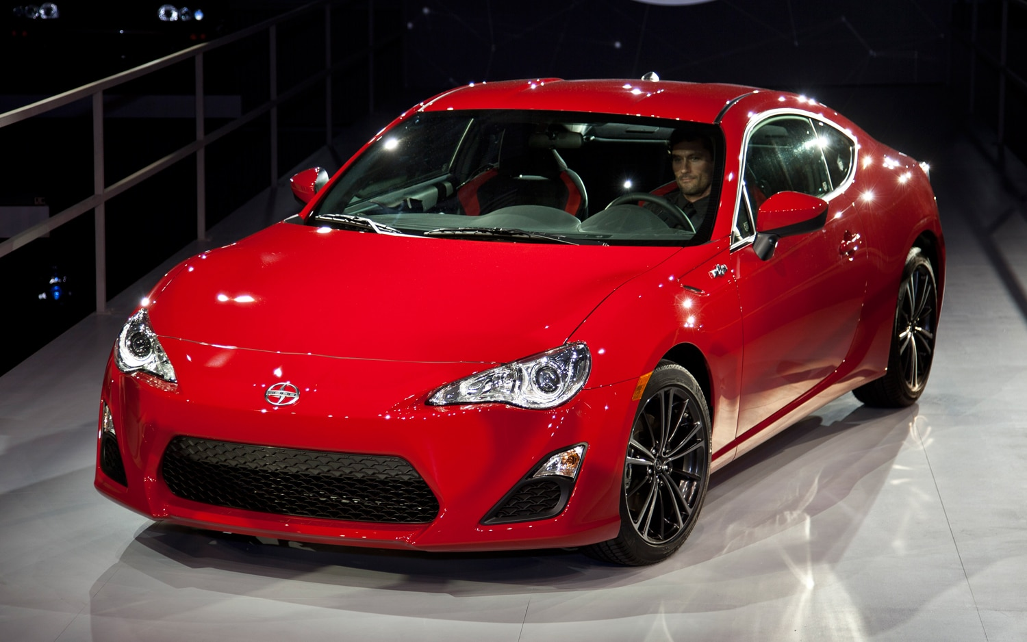 2013 scion fr s first look automobile magazine. Black Bedroom Furniture Sets. Home Design Ideas