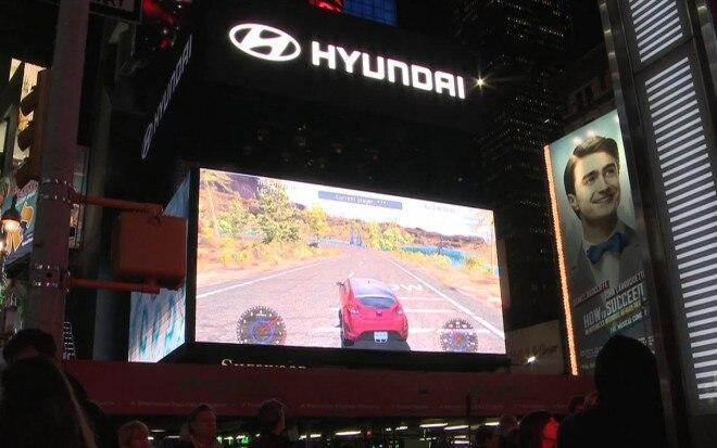 Hyundai Race Times Square 21 660x413