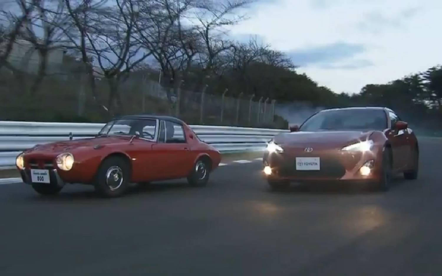 Toyota GT 86 And Sports 800 Front Three Quarter Motion1